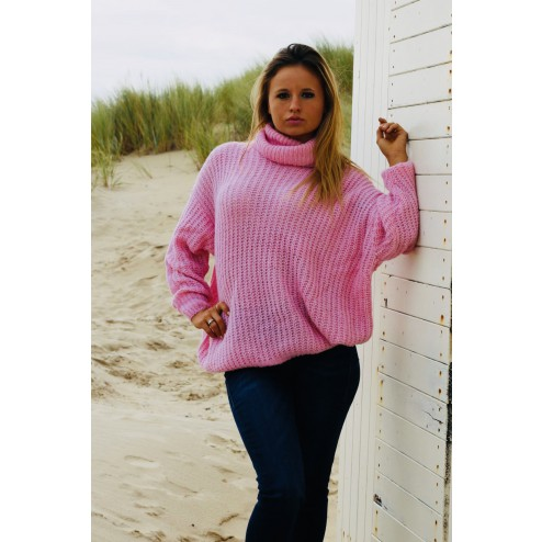 Knitted  jumper in pink