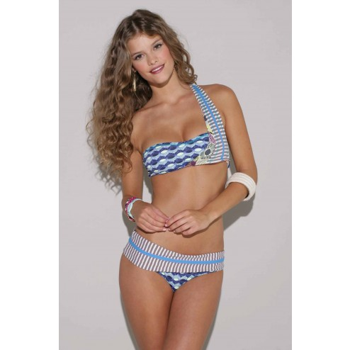 Maaij bikini in one-shoulder model: Blooma Cabana.