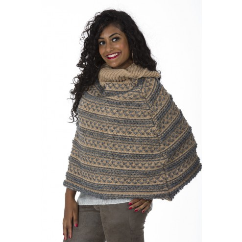 Miss Money Money poncho in taupe met grijs.
