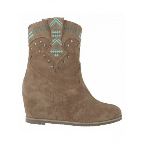 Isla Ibiza wedge boots