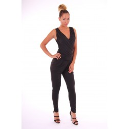 Josh V Maybritt jumpsuit in zwart