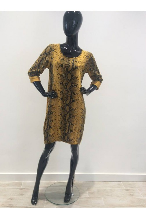 Snakeprint sweaterdress in oker