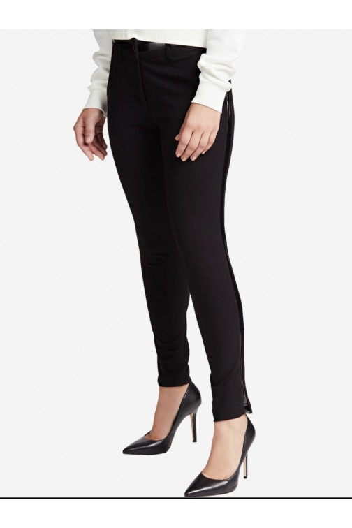 Guess Hessa pants met lakleren striping