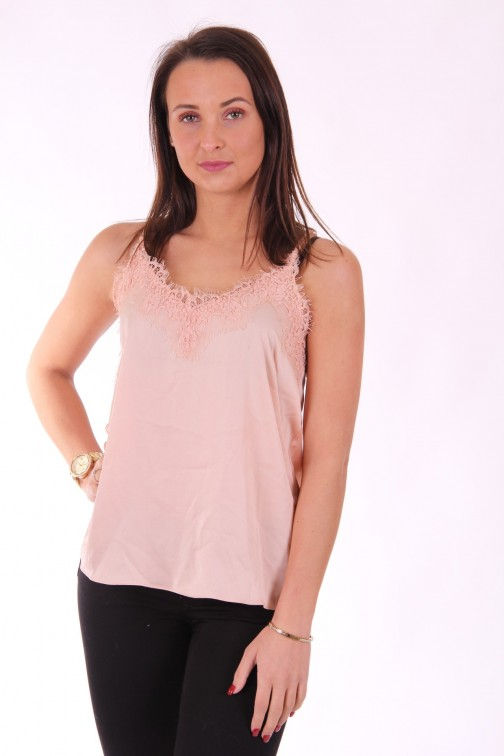 Josh V Kira top in peach met kant