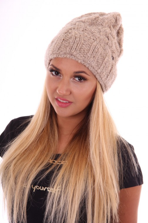 Mohair beanie van starling in kabel: licht taupe