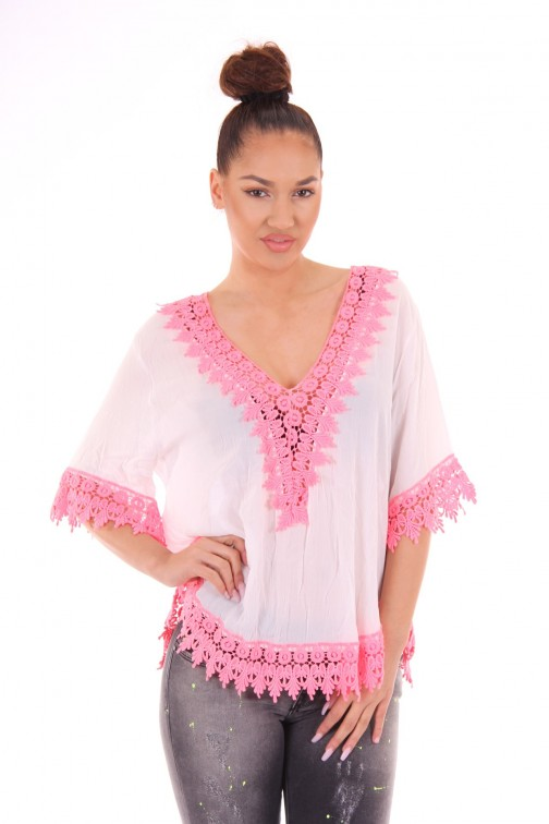 Wit tuniek met chrochet in roze