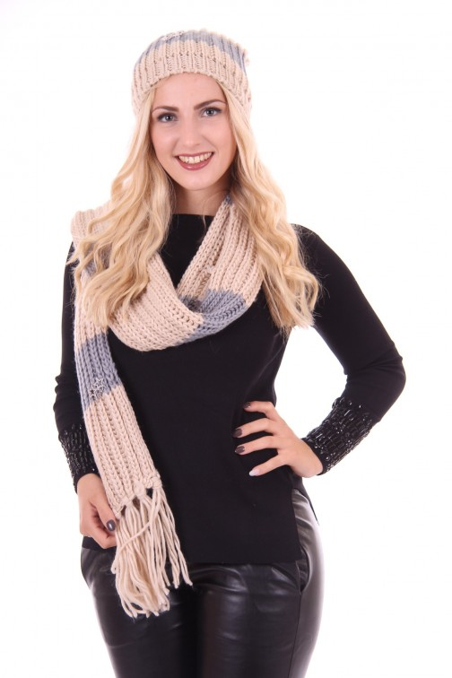 B.loved scarf in creme-grijs